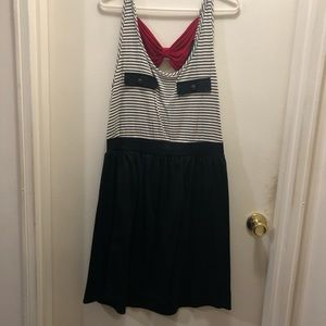 Striped dress with red bow detail, women's 2x